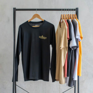 KNOBBY Hula Long Sleeve Black T-shirt